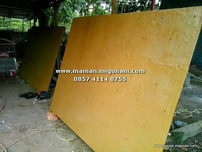 papan / panel panjat dinding